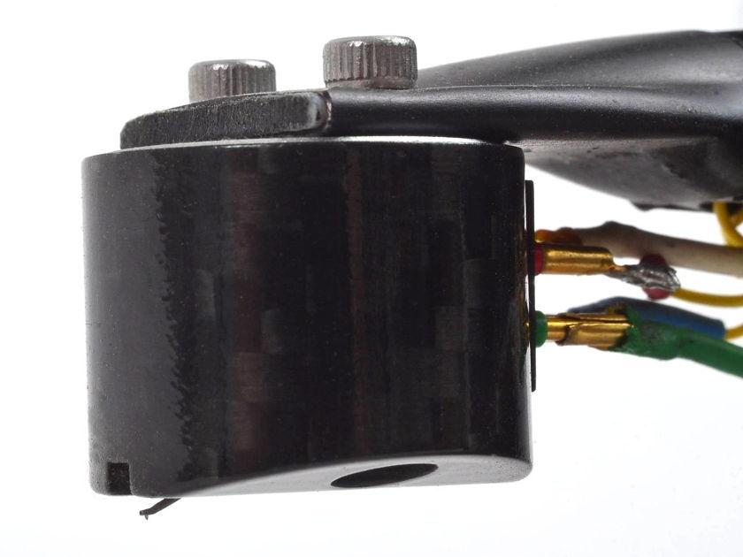 Miyabi MoFi C3.5 Carbon Fiber Cartridge Dealer Demo