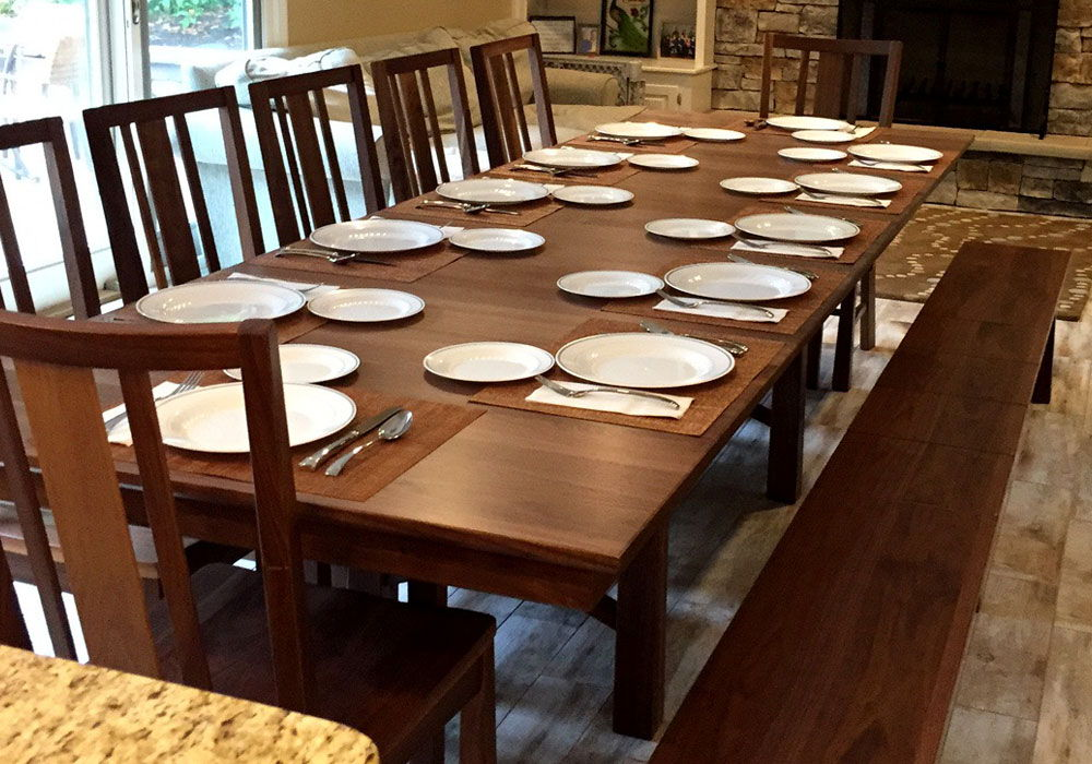 Bridgeport Dining Set