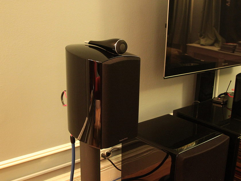 Bowers & Wilkins 805 D2 w/ matching B&W stands - Original Owner, Immaculate Condition