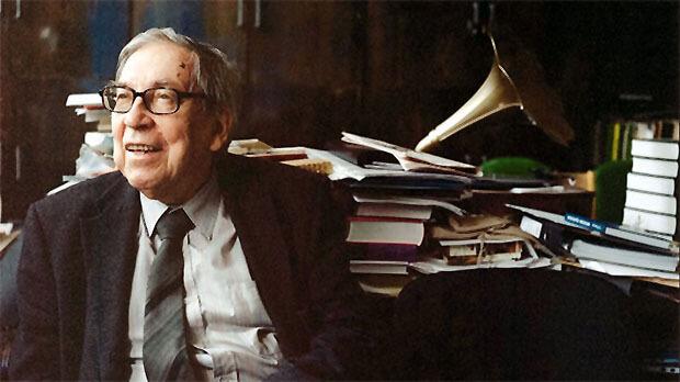 Поздравления с 90-летием принимает легенда отечественной журналистики — Ясен Засурский - Новости радио OnAir.ru