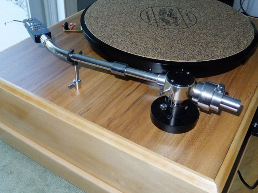 Totally restored Lenco heavy platter TT  Based on L-75 but with a PTP5 configuration Heavy layered Plinth, NOS At-1005II tone arm