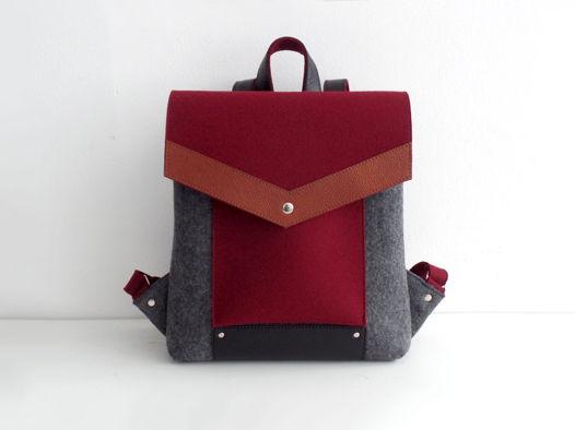 Рюкзак из фетра и натуральной кожи винно-графитовый