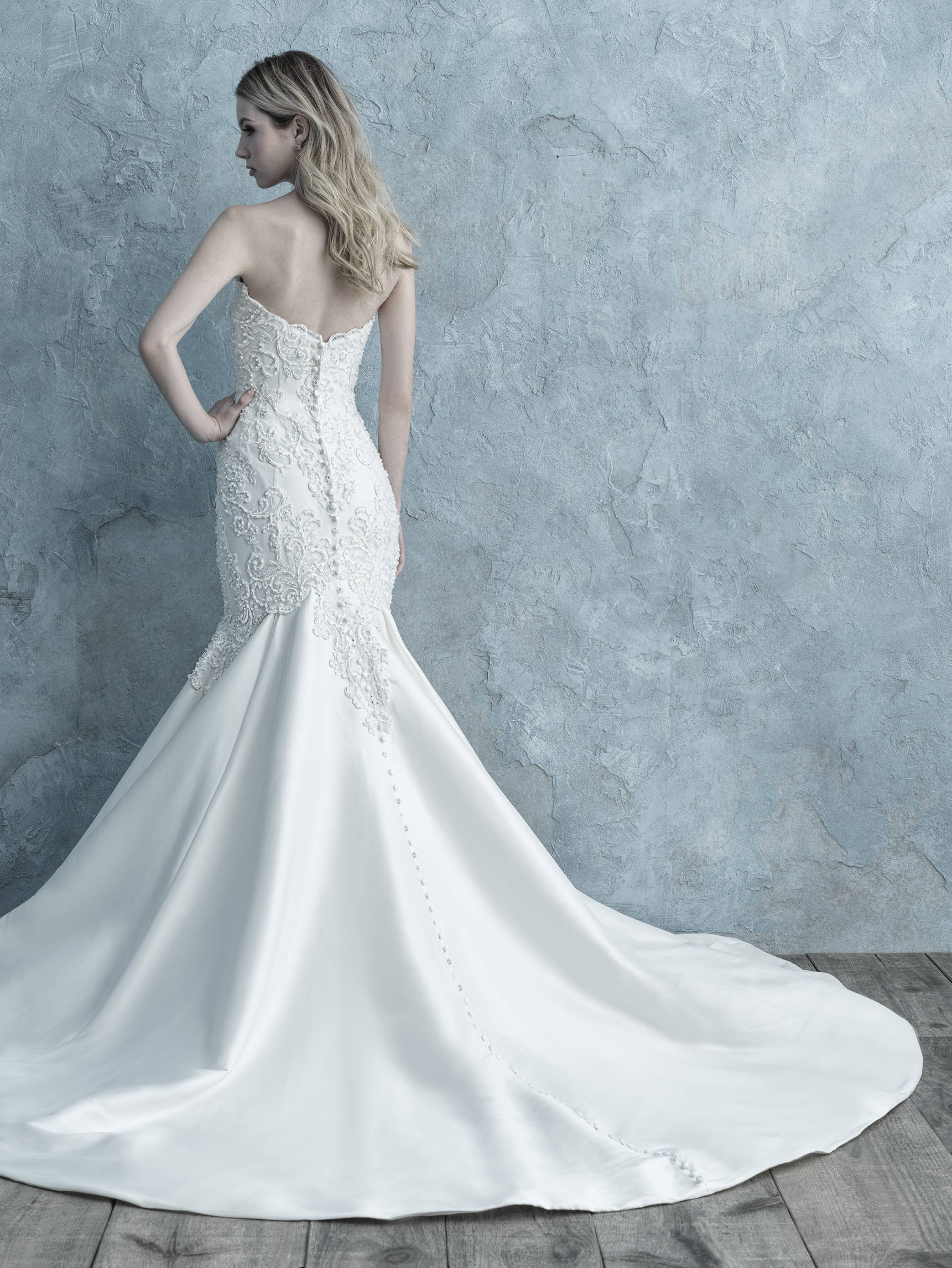 ALLURE  WEDDING DRESS 9673