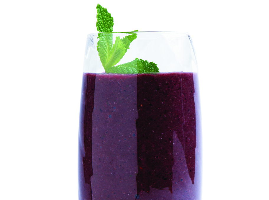 Kale and Berries Smoothie