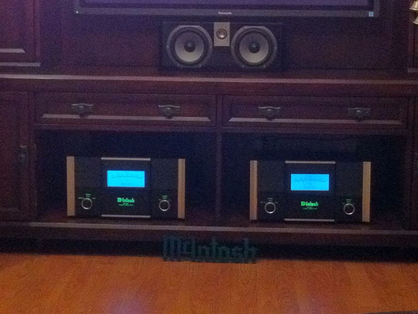 McIntosh MC501 Amplifiers