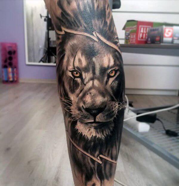 Tatouage Lion Mollet