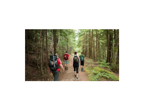 Backpacking & Hiking Adventure with Coaches Will Mitchell and Catherine Gellatly