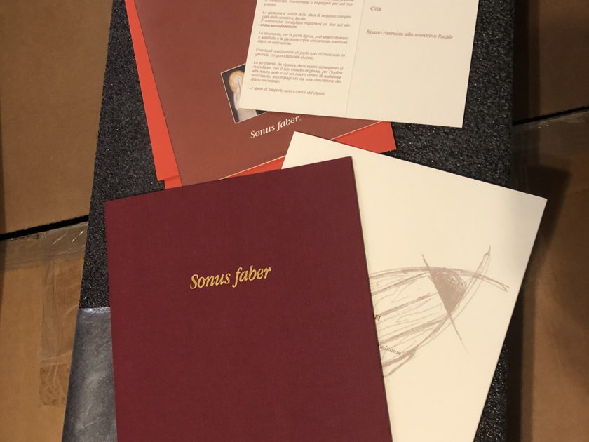 Sonus Faber Stradivari Homage Graphite finish Speakers