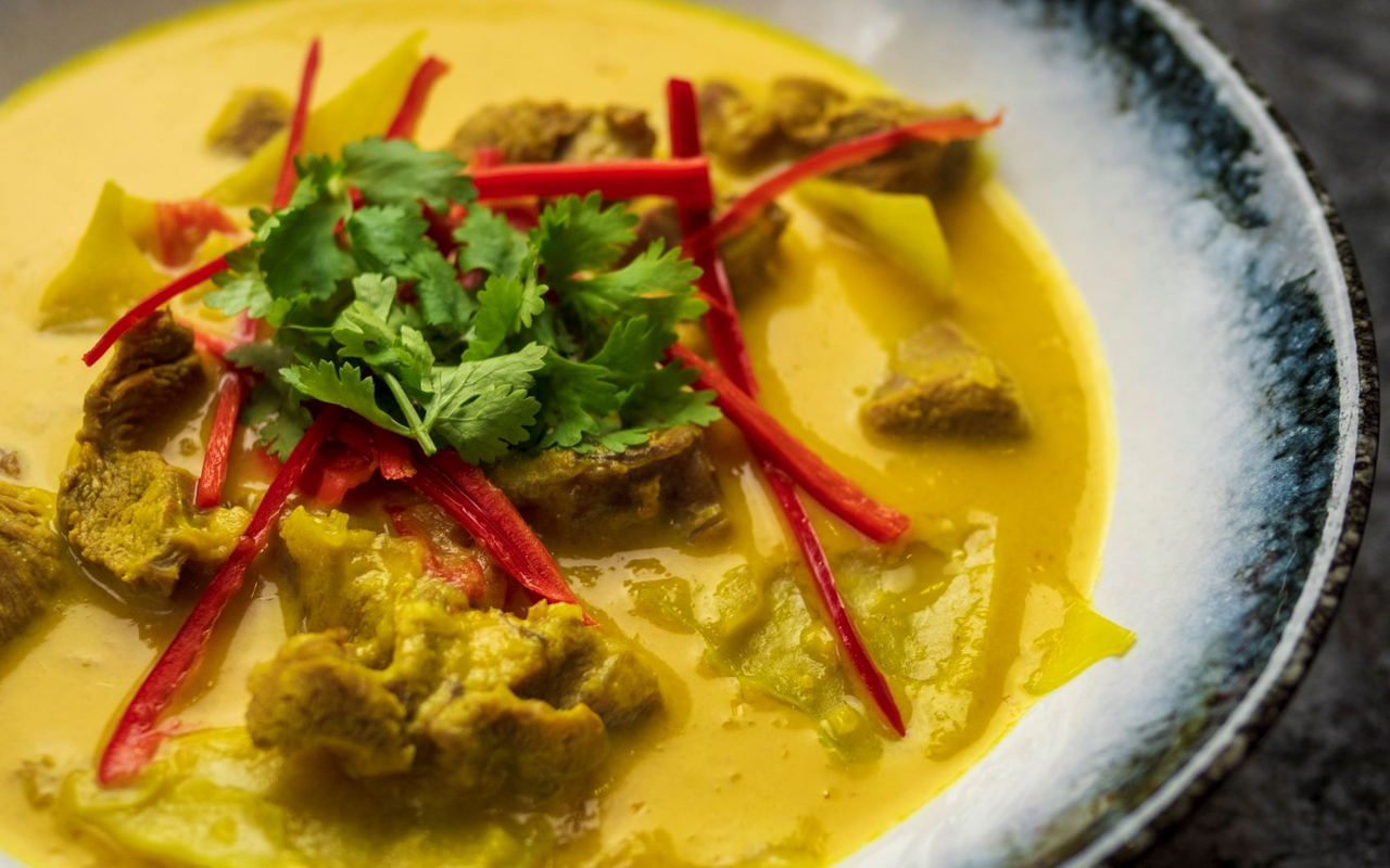 Indonesian Yellow Curry Recipe | School of Wok