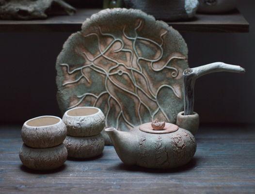 Чайник из глины + 4 пиалы. Дружат с блюдом. Вместе дешевле. В НАЛИЧИИ