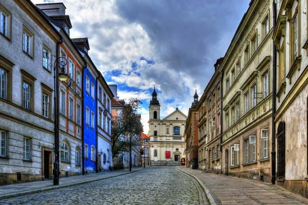 Скромное обаяние Варшавы