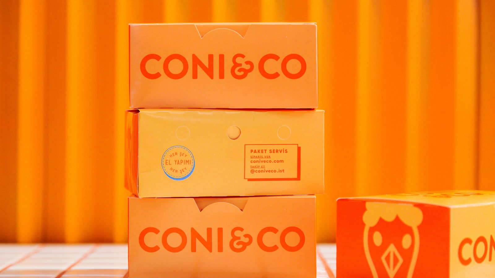 We're Loving Coni & Co's Simplistic and Bold Branding & Takeout Packaging