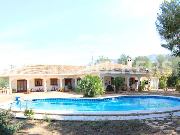 Benidorm, Spain - sunny-manor-house-in-quiet-area-sunny-manor-house-in-quiet-area.jpg
