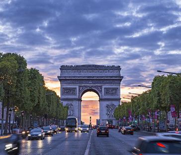Онлайн-экскурсия «По центру Парижа: от Елисейских полей до острова Сите»