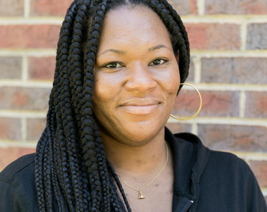 Lia Jones , Kindergarten Teacher
