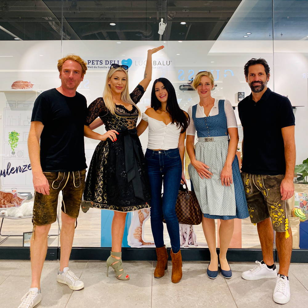 LucyBalu Pop Up Shop Team