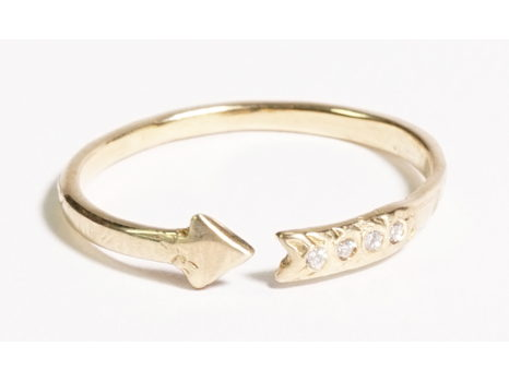 Odette New York -14K Gold Arrow Ring with Diamonds