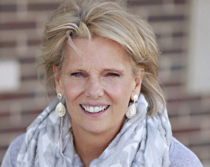 Mrs. Robin Petty , Director
