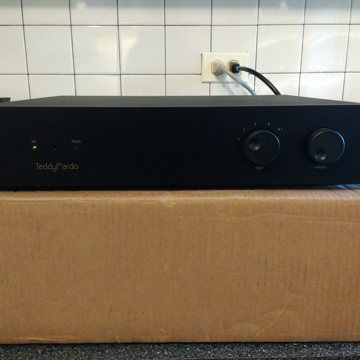 TeddyPardo I80a Integrated Amplifier
