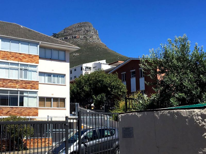 Real estate in Cape Town - 1019256_medium.jpg
