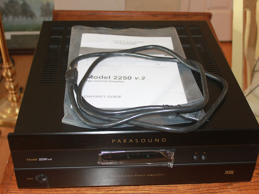 Parasound 2250 v2 Like New - Reduced
