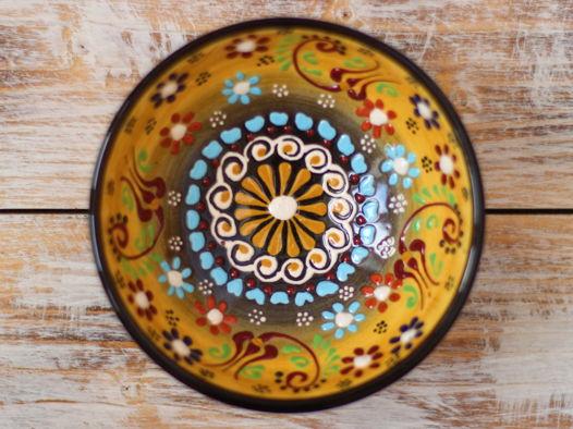 Маленькая керамическая пиала желтая (с узором)