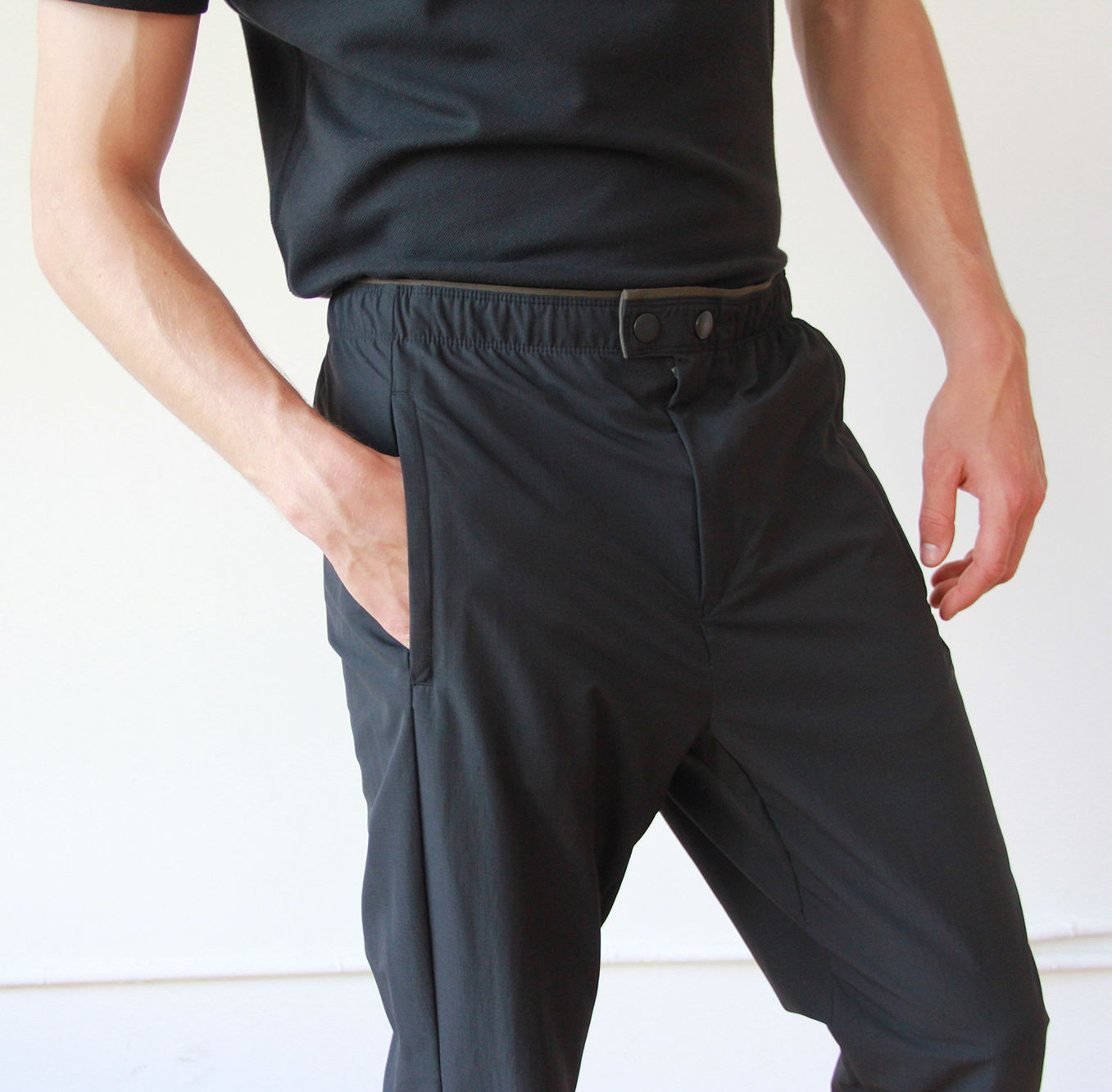 EXPLORER - FROM PLANE TO BUSINESS TO RESORT PREMIUM GLOBAL TRAVELER PANT