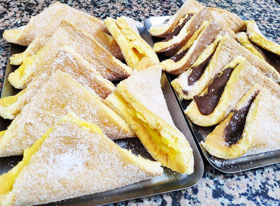 Our team picks guardanapo as one of the traditional pastries to try in Porto.
