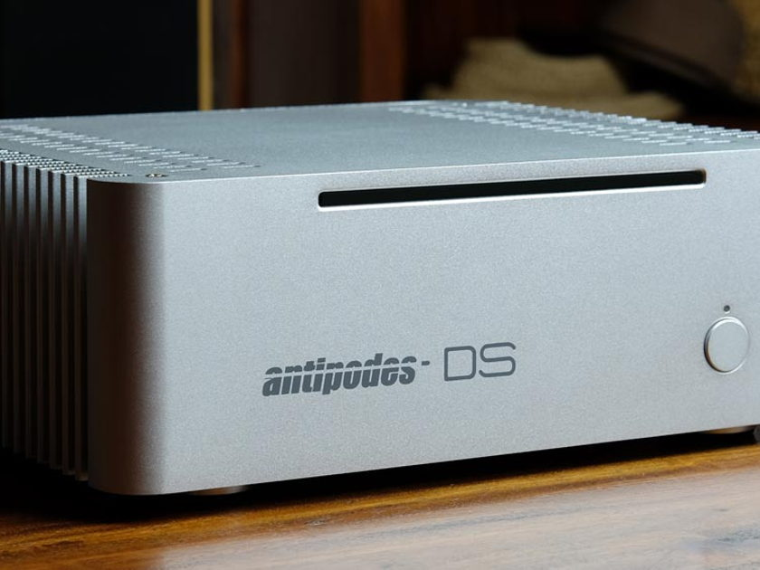 Antipodes Audio DS MUSIC SERVER- MINT CONDITION- ROON READY -SAMSUNG 500GB SSD.