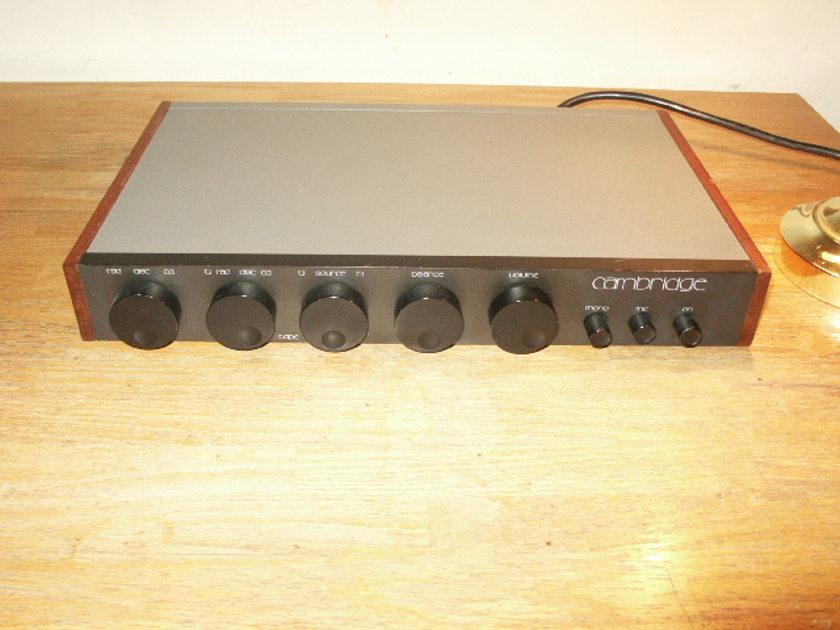 CAMBRIDGE PREAMPLIFIER MODEL C75  MADE IN ENGLAND FULL FUNCTION PREAMP + MM/MC