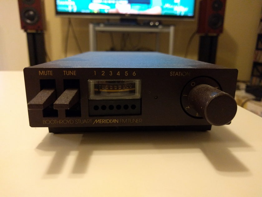 Meridian 104 FM Tuner 240V,  with 120v down transformer