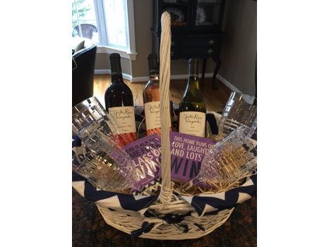 Slater Run Vineyards Wine Basket