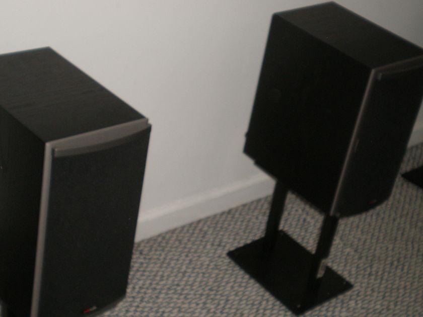 Set of (3) Polk RTi6 Speakers