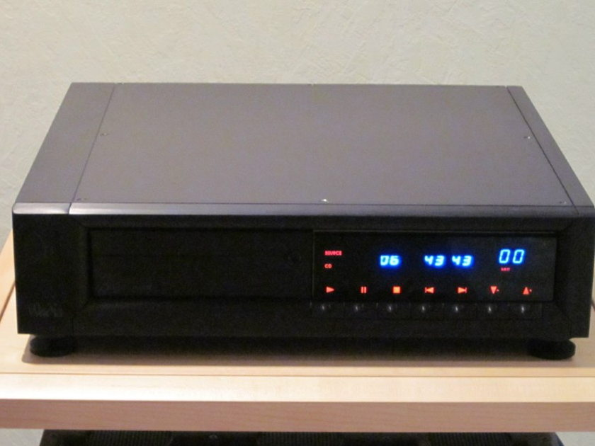 Wadia 302 With optional digital inputs and heavy remote