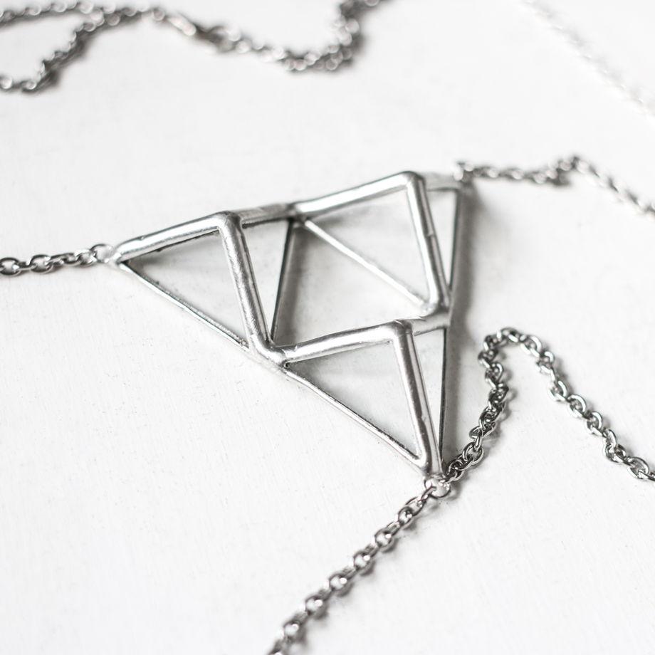 """Украшение для тела """"трио тригональных пирамид"""""""
