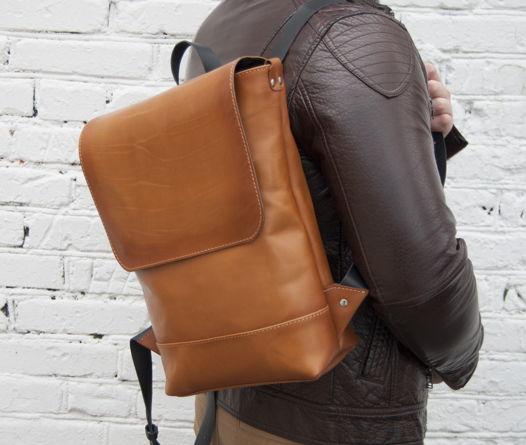 Кожаный рыжий большой рюкзак