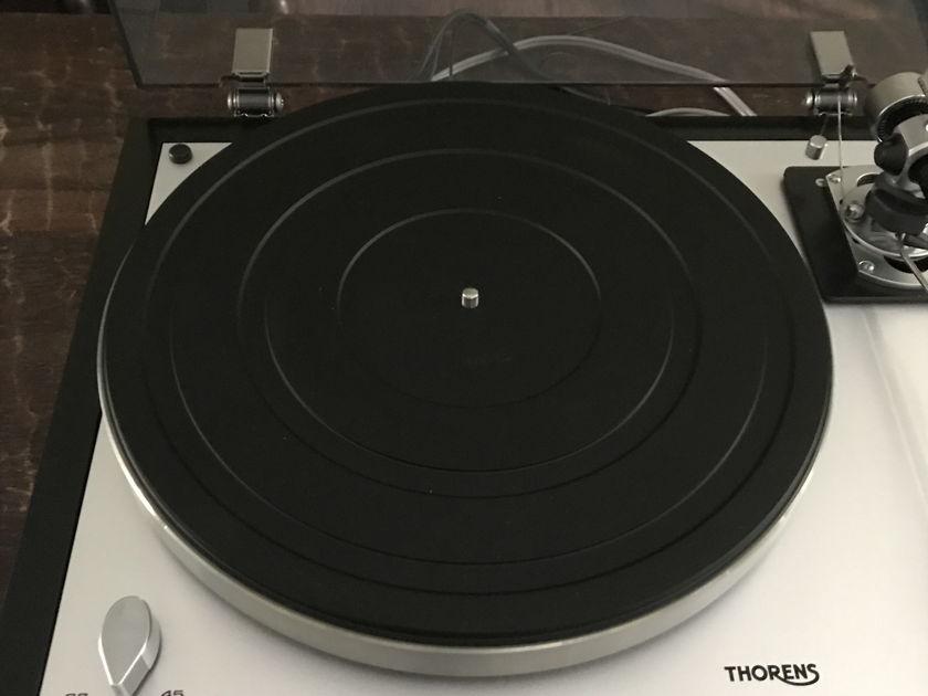 Thorens TD 160 Super NEW SME M-2 9   Ortofon 2m Black low hrs
