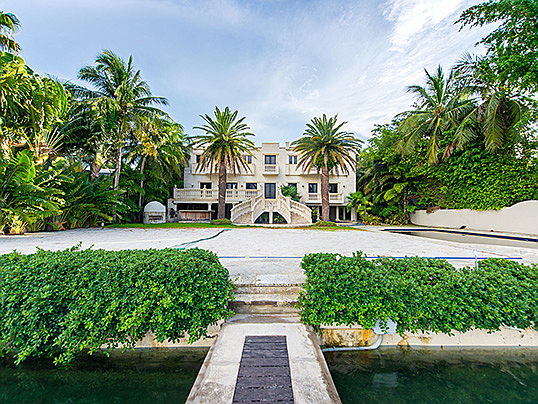Civitanova Marche - The US rapper Birdman has sold his estate on Palm Island in Florida with Engel & Völkers for 10.85 million US dollars. (Image source: Justin Namon, Ra-Haus Photography)