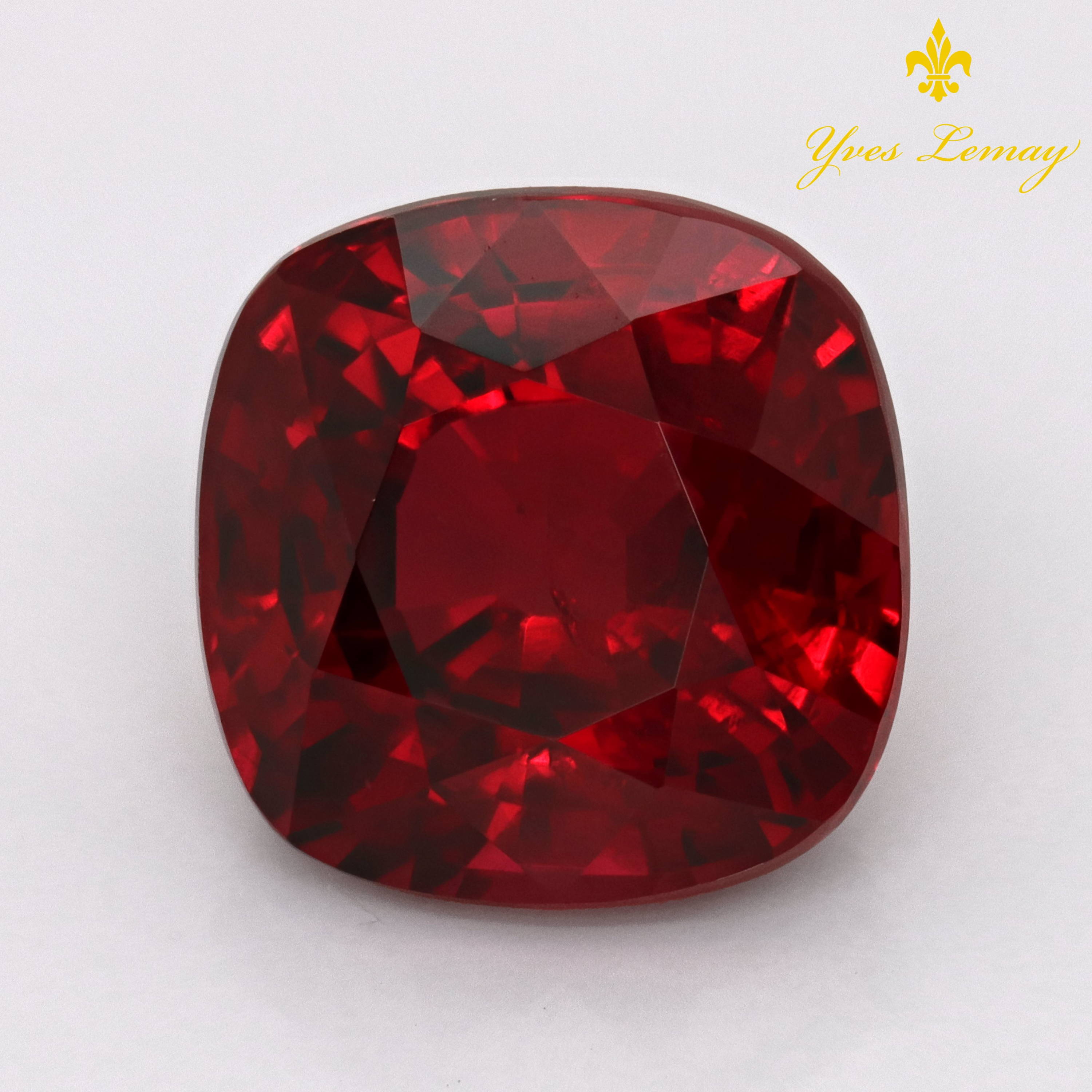 Bangkok Gemstones and Jewelry  Photography and Videography Services
