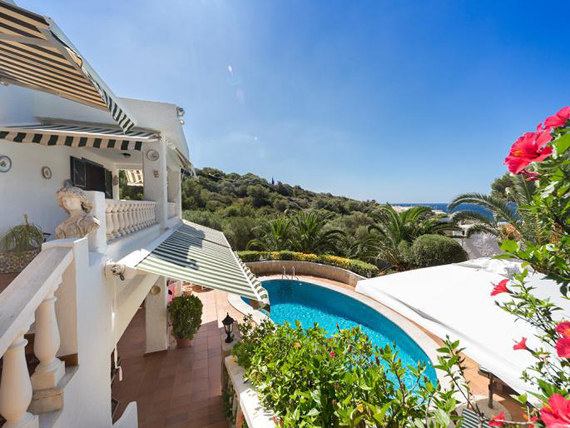Mahón - Captivating villa with beautiful sea views in Binibèquer, Menorca