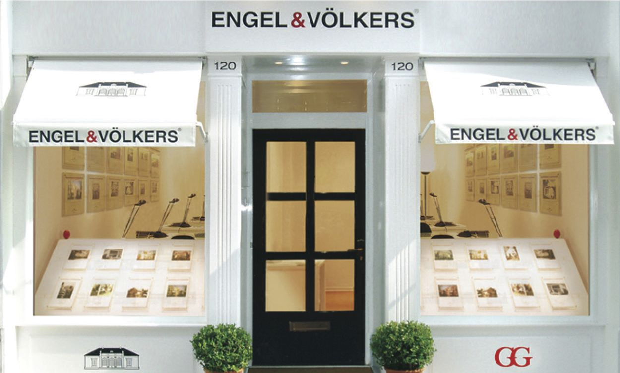 Real estate in Strand - engelVolkersStoreFront.jpg