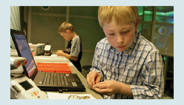 odysseum koeln roboter programmieren