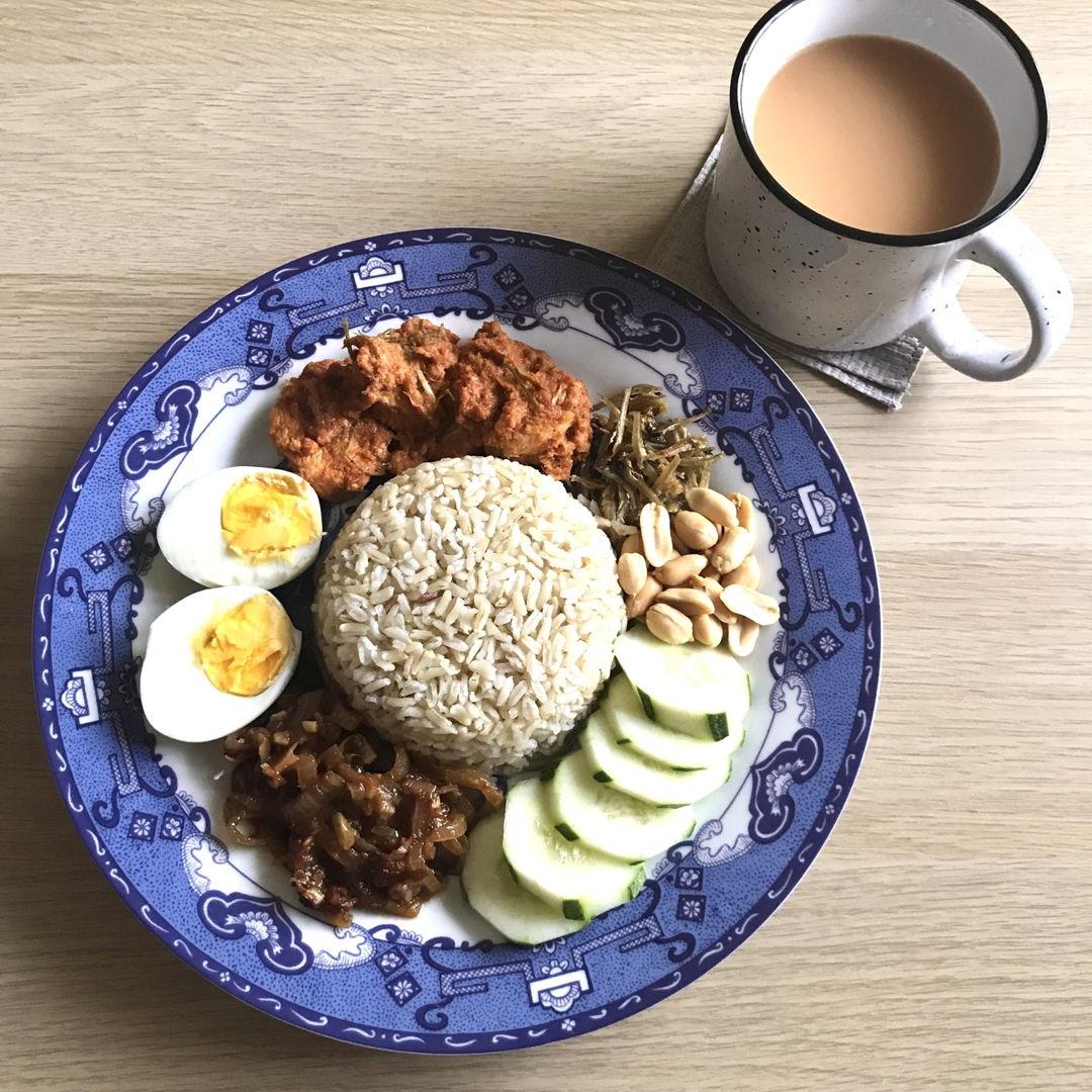 Amazing Nasi Lemak 😁 Thanks for the recipe NC 👍🏻