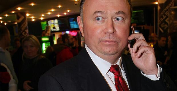 Российского телеведущего обвинили в вымогательстве миллионов у чиновника - Новости радио OnAir.ru