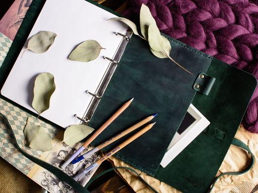 Блокнот А5 на кольцах -MYSTERY- ручная работа из натуральной кожи цвет Изумруд