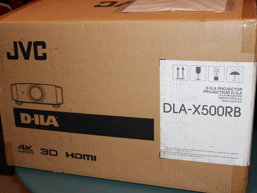 JVC DLA-X500R Like New for Sale