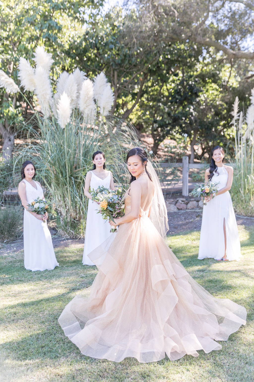 Romantic and lush wedding by Vave