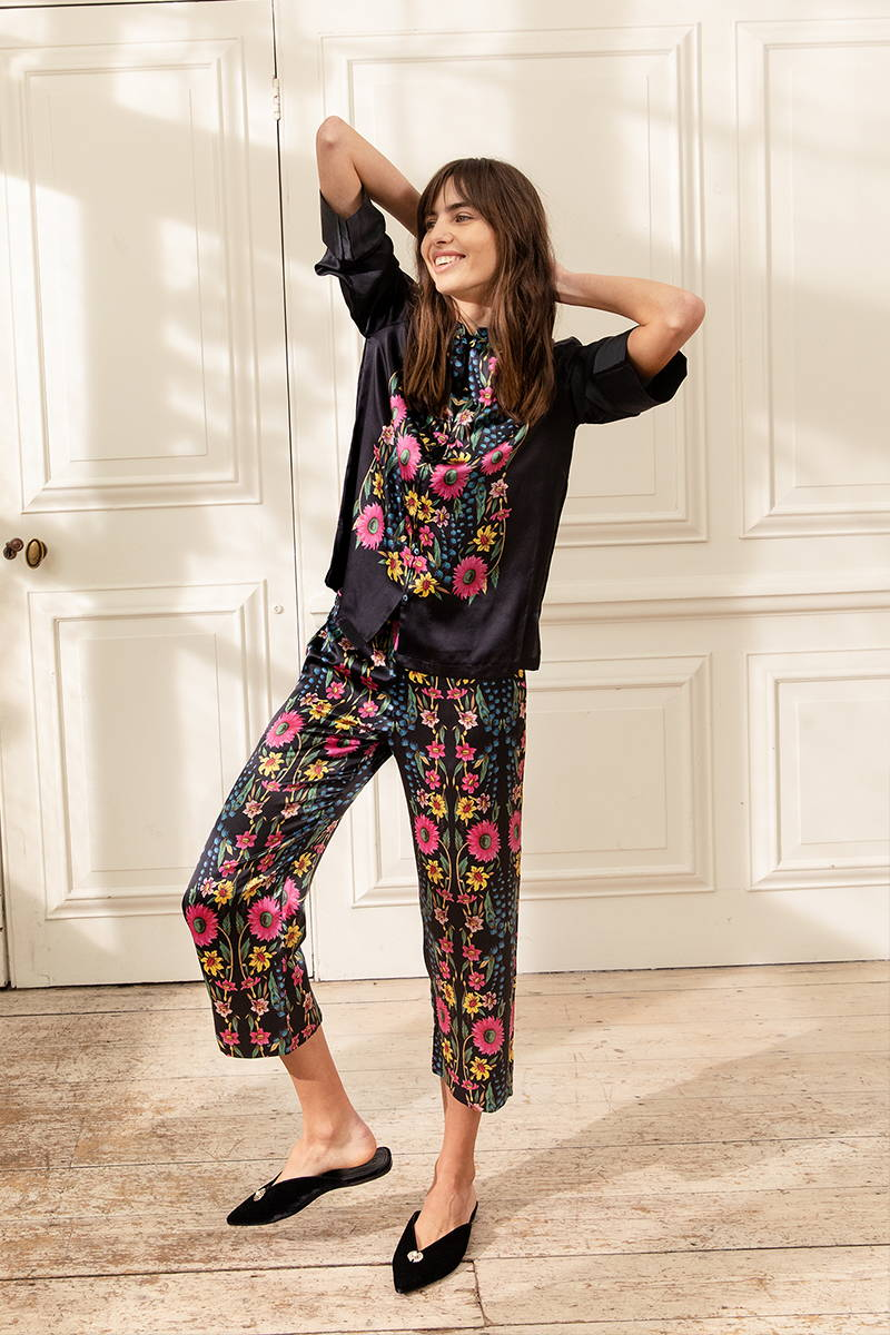 Perfect cocktail parties and bedtime, the Wildflower Mandarine Suit  is cut from YOLKE's signature silk