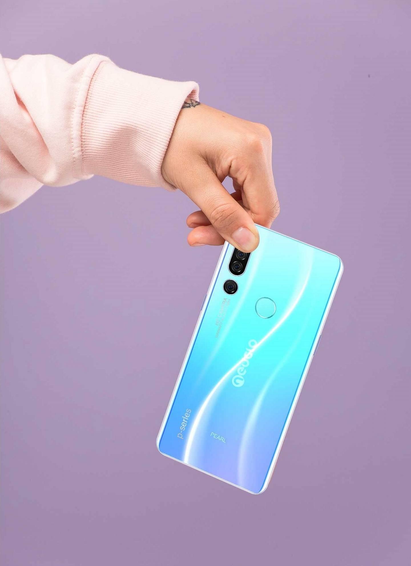 Neuclo Pearl 1 Pro Smartphone