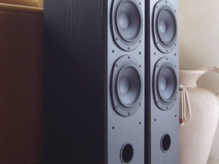 Tannoy  M-4 Tower Speakers Pristine in Black Ash